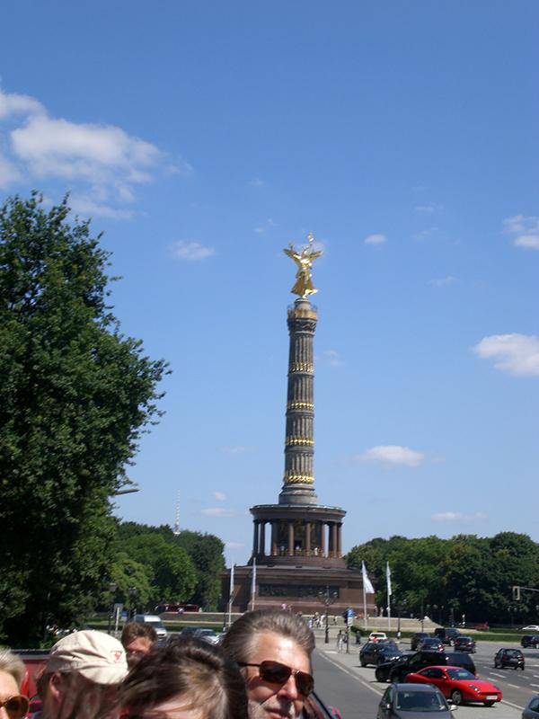 Goldelse Straße des 17 Juni Rundfahrt Kerwasburschen Schlüsselfeld Berlin