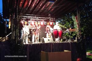 Karibische-Nacht-Burghaslach-2014-600x400-Freibad-Aquafun