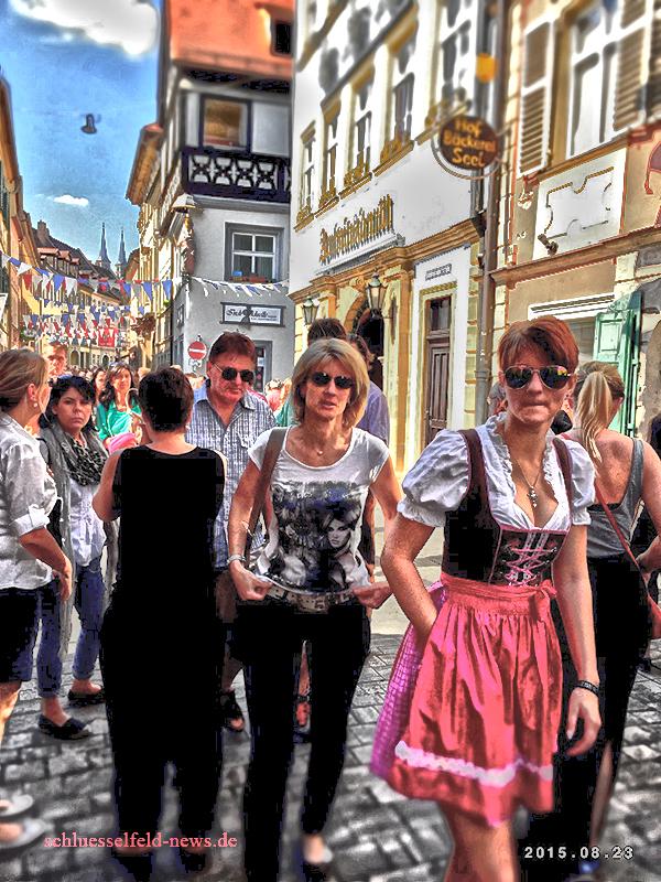 Bilder Sandkirchweih 2015 Bamberg Besucher Sandstrasse Schlenkerla Ringla Party Katzenberg Dirndl Madla