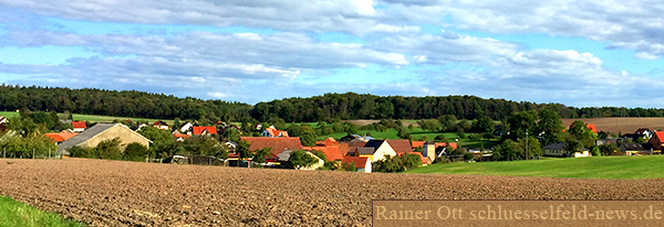 Grossgressingen Landschaft Wald Acker Panorama Versicherung Bank Cafe