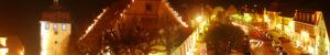 Schlüsselfeld-News Stadttor Marktplatz bei Nacht Rathaus